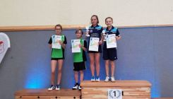 Badminton: Josefine Hof dreifache Bezirksmeisterin