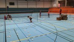 Badminton: Anfängerkurs für junge Anfängerinnen und Anfänger